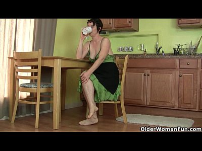 Milf Mature Kitchen video: Don't tell my husband that I masturbate in the kitchen