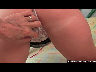 British granny Joy gets her juicy pussy finger fucked deep